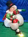 7' Gemmy Airblown Inflatable Snowman Family Scene