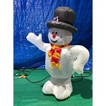 3 1/2' Frosty The Snowman Waiving Wearing Top Hat and Scarf